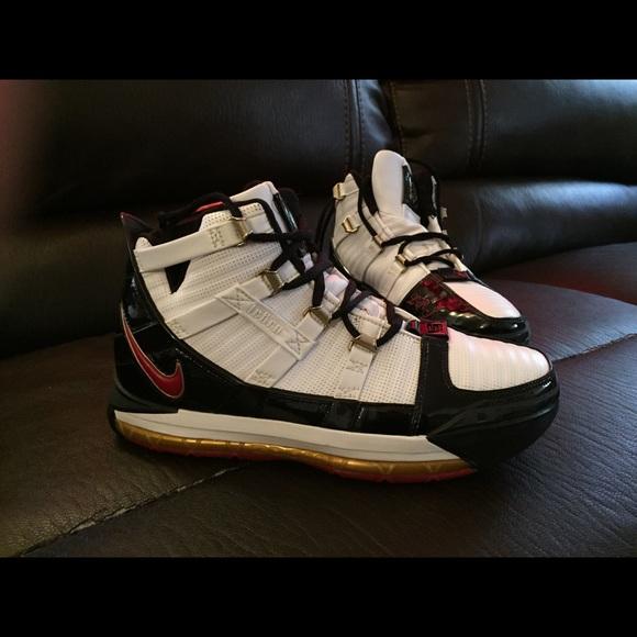 Nike Shoes   Nike Zoom Air Lebron Remix